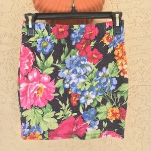 Nollie Floral Skirt